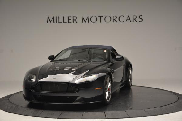 Used 2016 Aston Martin V12 Vantage S Convertible for sale $114,900 at Alfa Romeo of Westport in Westport CT 06880 13