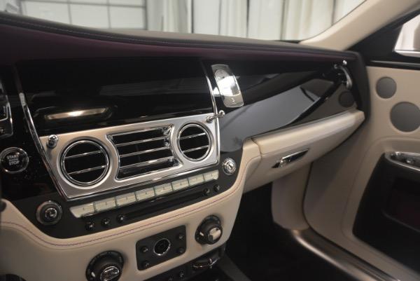 Used 2017 Rolls-Royce Ghost for sale Sold at Alfa Romeo of Westport in Westport CT 06880 25