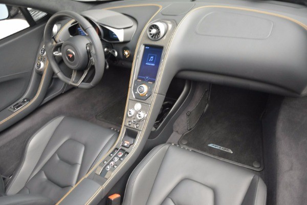 Used 2013 McLaren 12C Spider for sale Sold at Alfa Romeo of Westport in Westport CT 06880 28