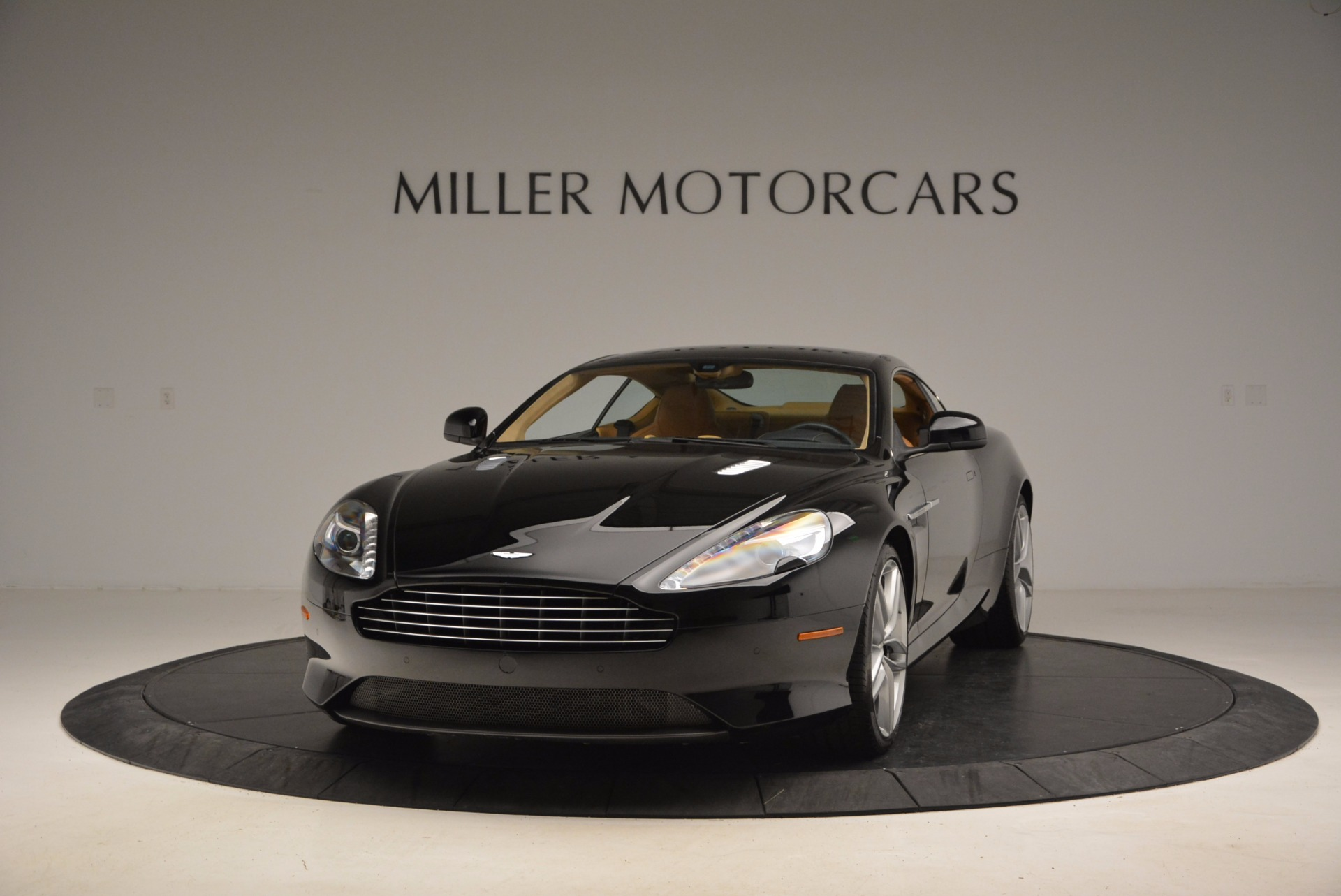 Used 2014 Aston Martin DB9 for sale Sold at Alfa Romeo of Westport in Westport CT 06880 1